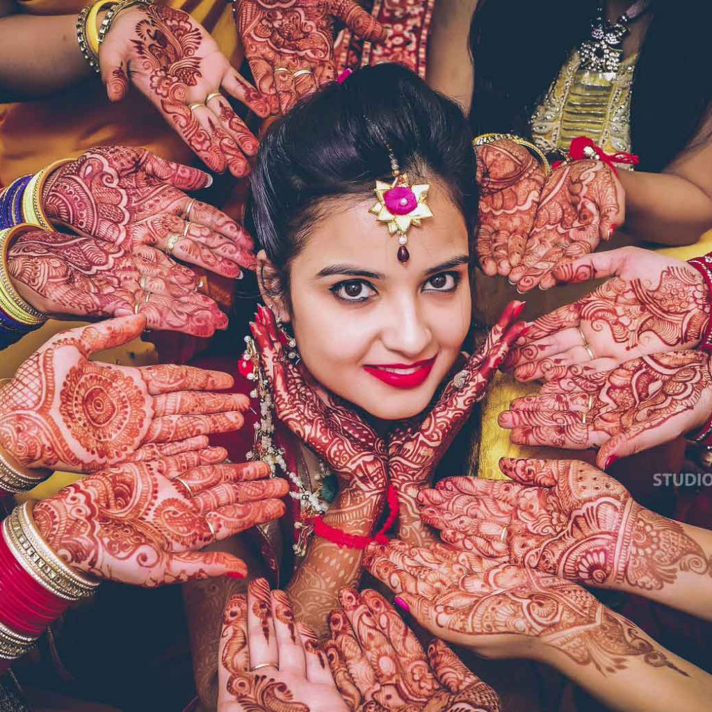 perfect mehandi photoshoot