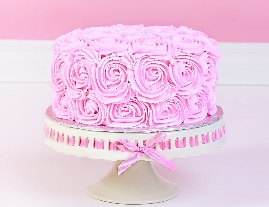 What is cake smash photo shoot