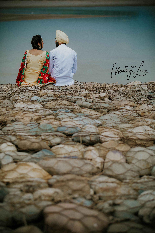 Wedding photographer in Ferozepur | Lover's point!