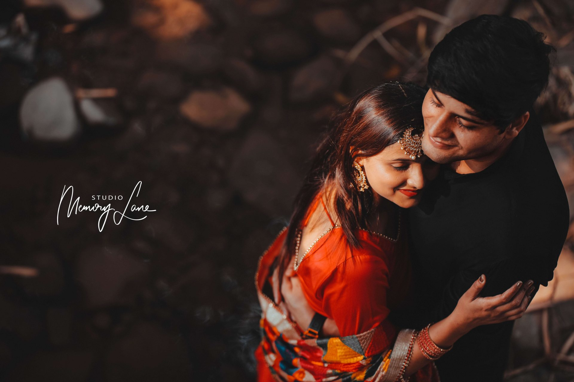Wedding photographer in Hoshiarpur | Hugging the world!