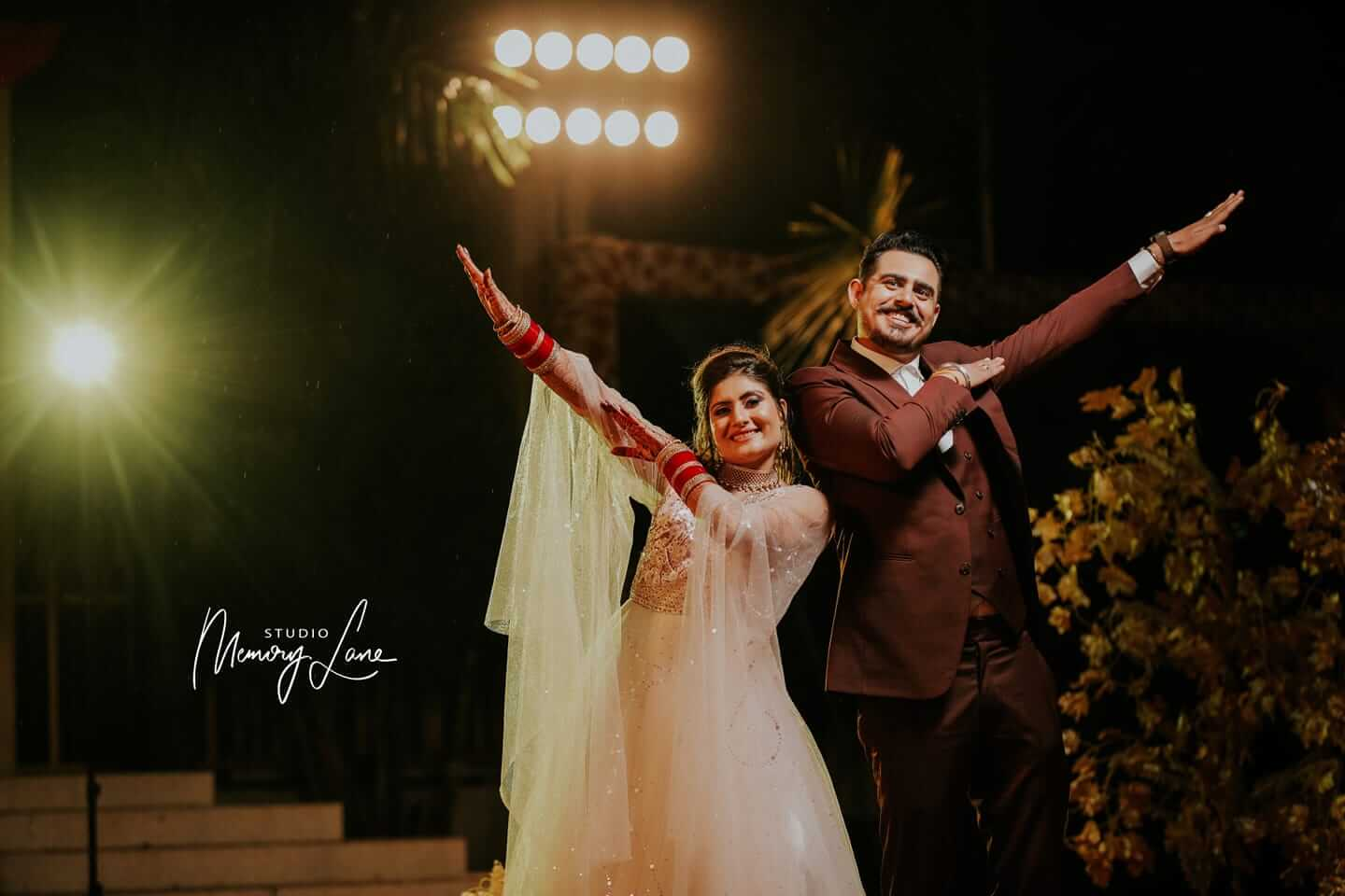 Vibrant Wedding Shoot in Punjab | Pictures with colorful lights!